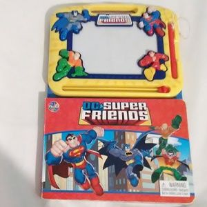 GUC DC Super Friends Magnetic Drawing Pad